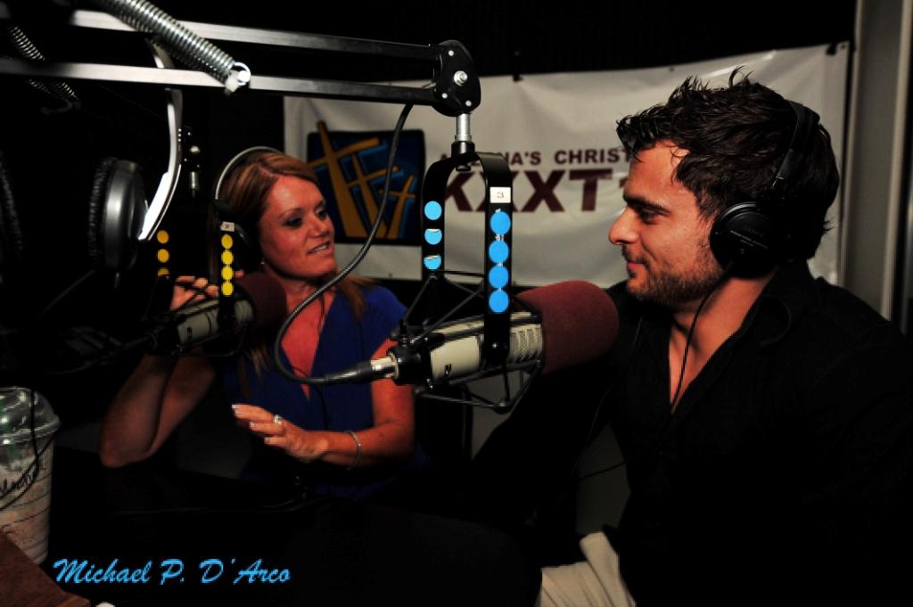 Adult Talk Radio 90